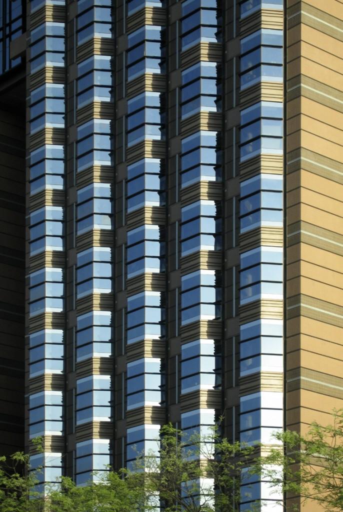 Pékin: La rigueur des lignes s'adoucit avec la couleur.
